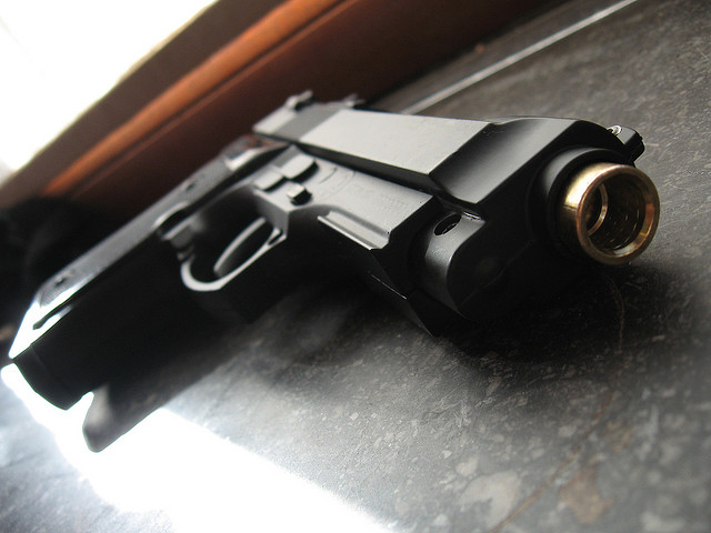 Engedély nélkül vásárolható fegyverek a boltokban