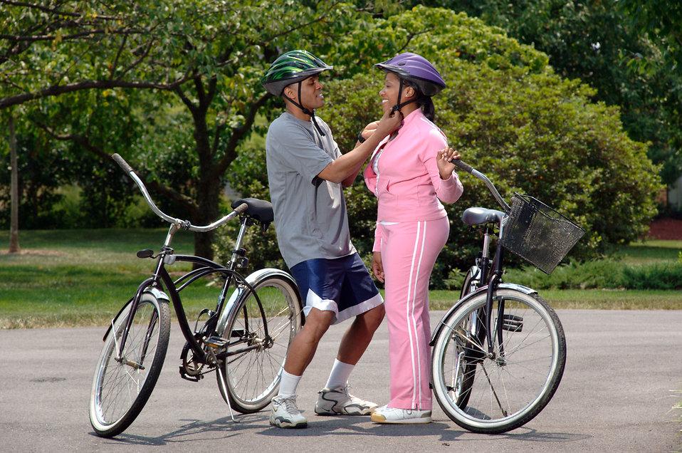 Női kerékpár hosszas tervezéssel