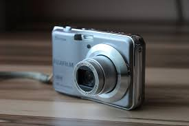 Digitális fényképezőgép csajos árnyalatban